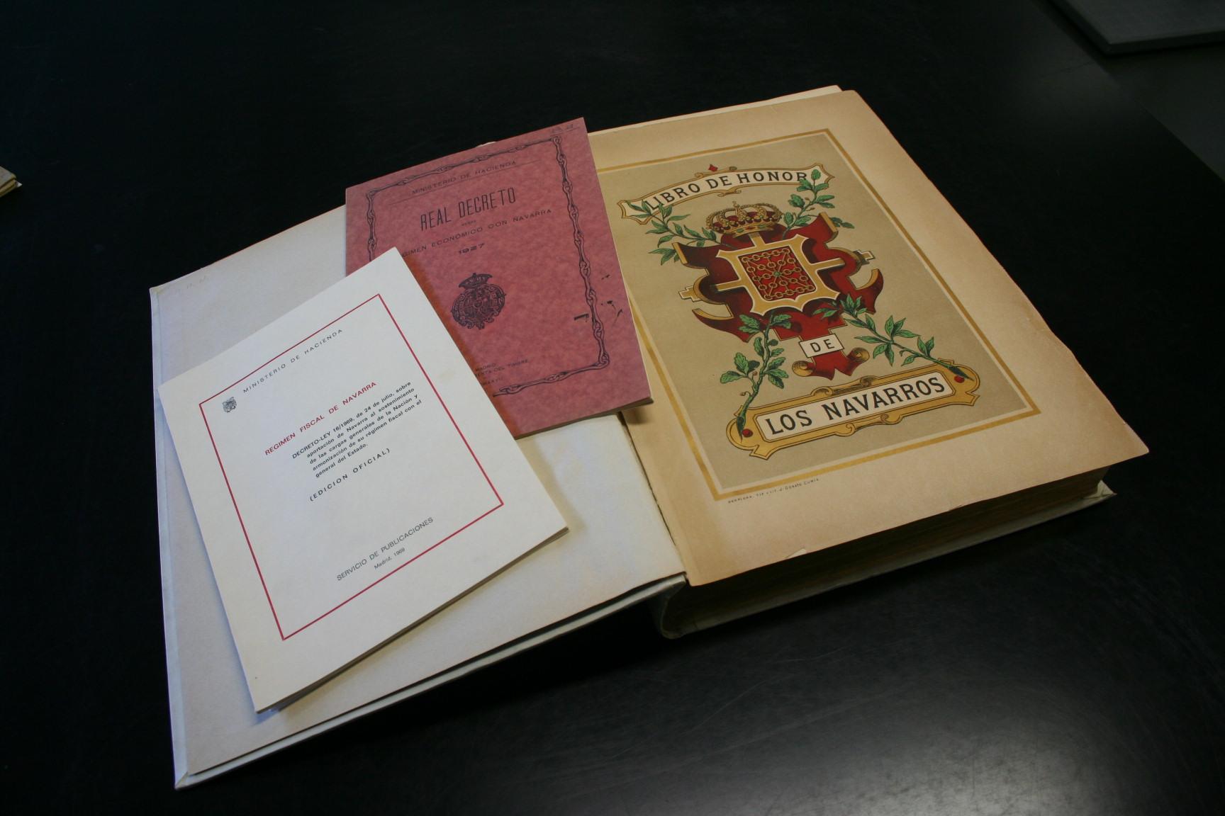 Archivo Real y General de Navarra  BIBLIOTECA DEL ARCHIVO REAL Y GENERAL DE ...